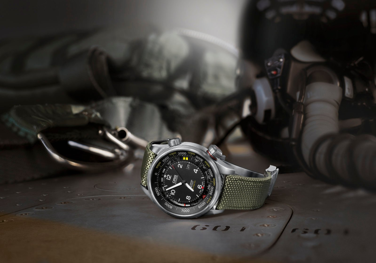 01 733 7705 4134-07 5 23 14FC - Oris Big Crown ProPilot Altimeter with Feet Scale_HighRes_1514.jpg