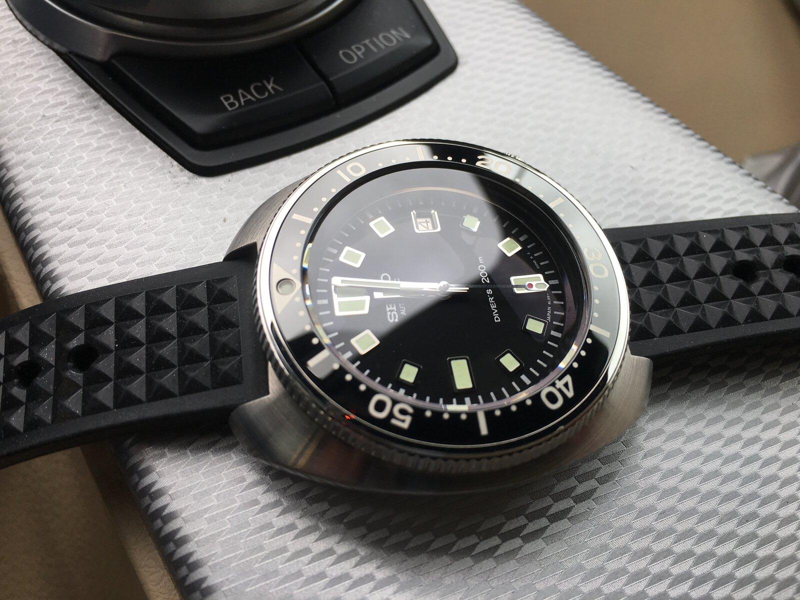 18C58BAD-D55F-482F-96E2-239471A45D65.