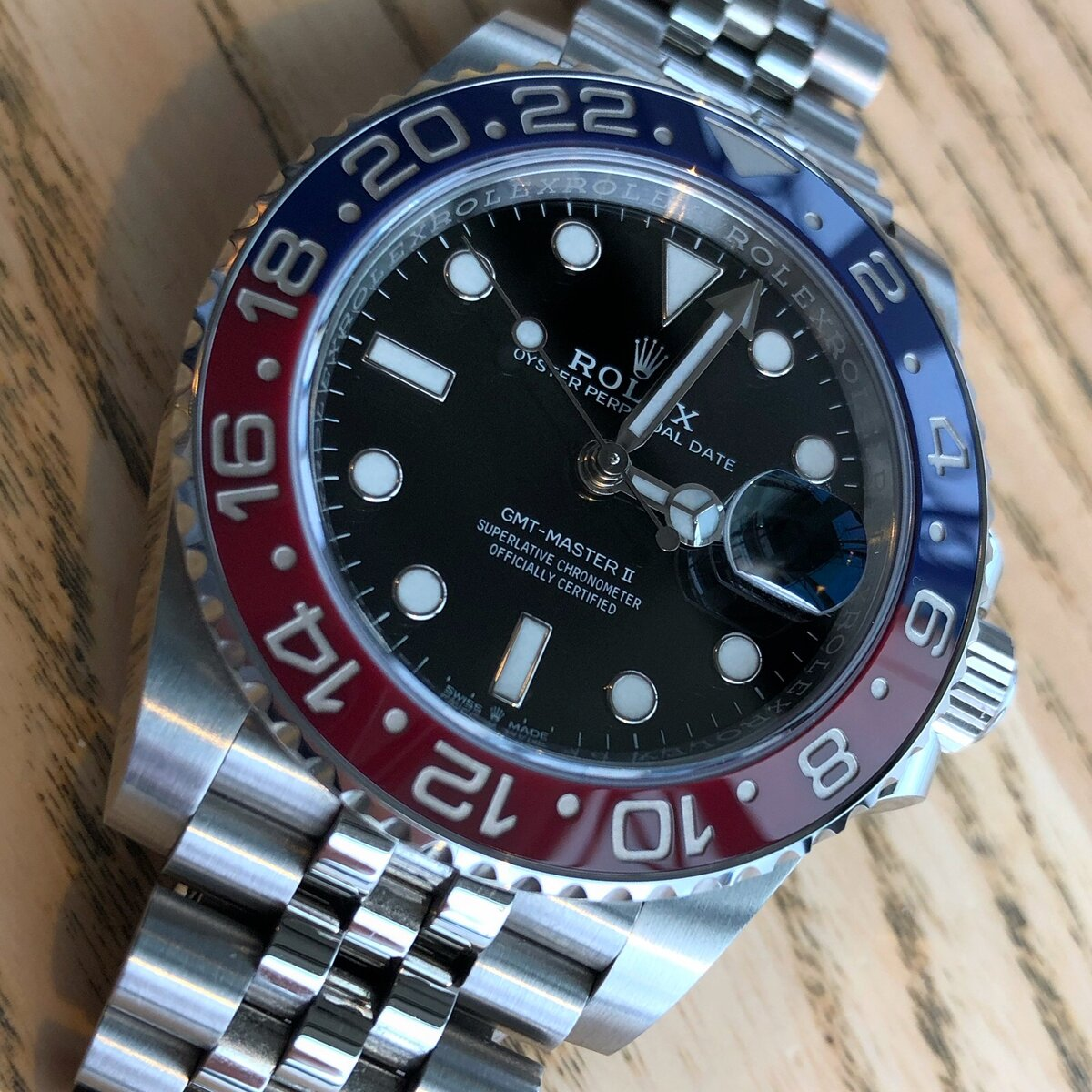 53CBFA99-E1C1-48EF-9CD3-AB2ABB2B7829.