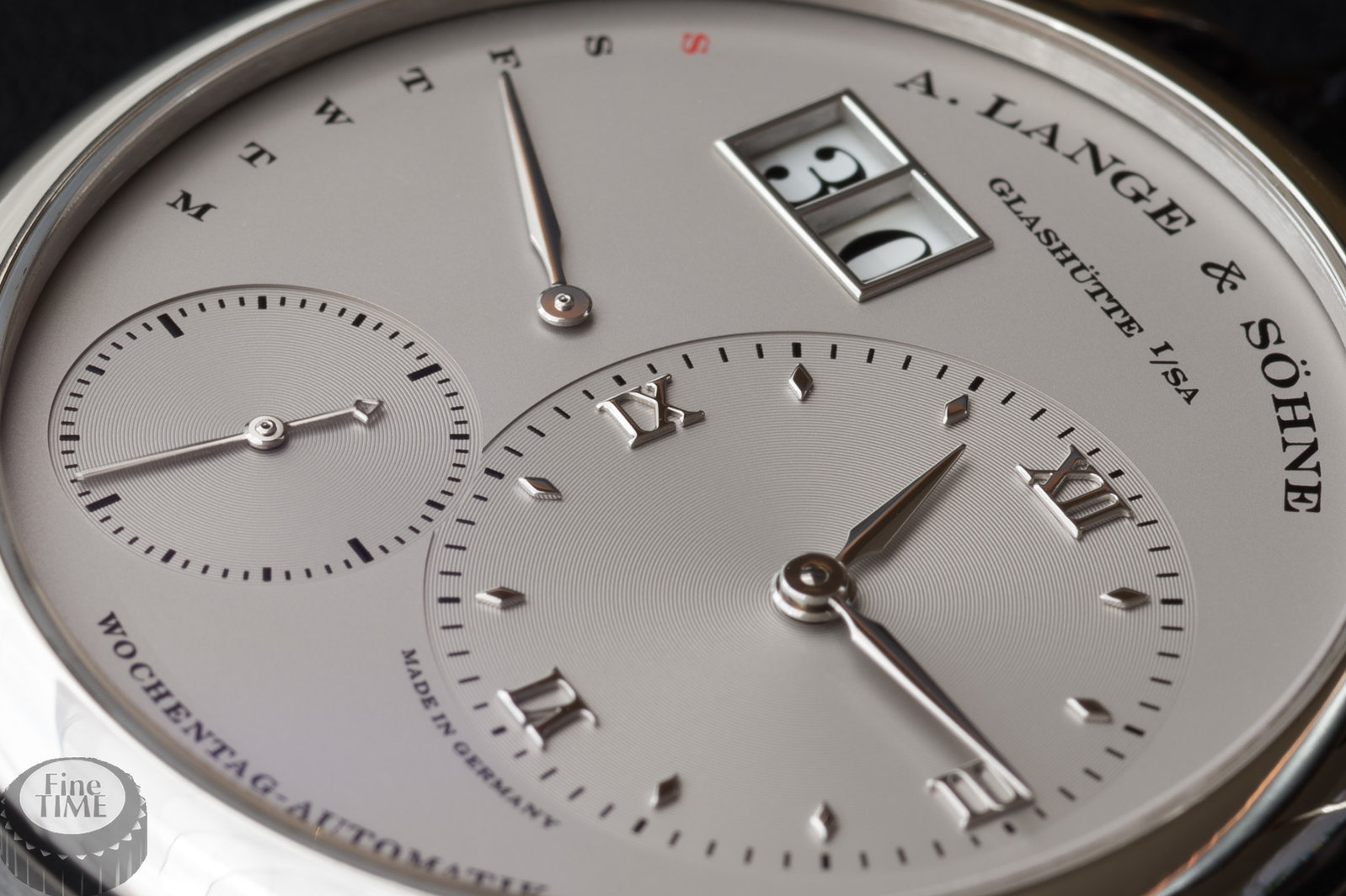 a-lange-und-soehne-lange-1-daymatic-320-025-platinum-13.jpg