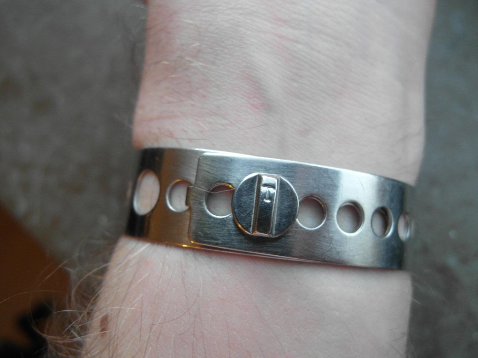 armband 1.JPG