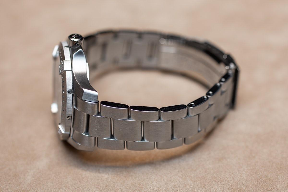 Breitling-Chronomat-Colt-41-bracelet.