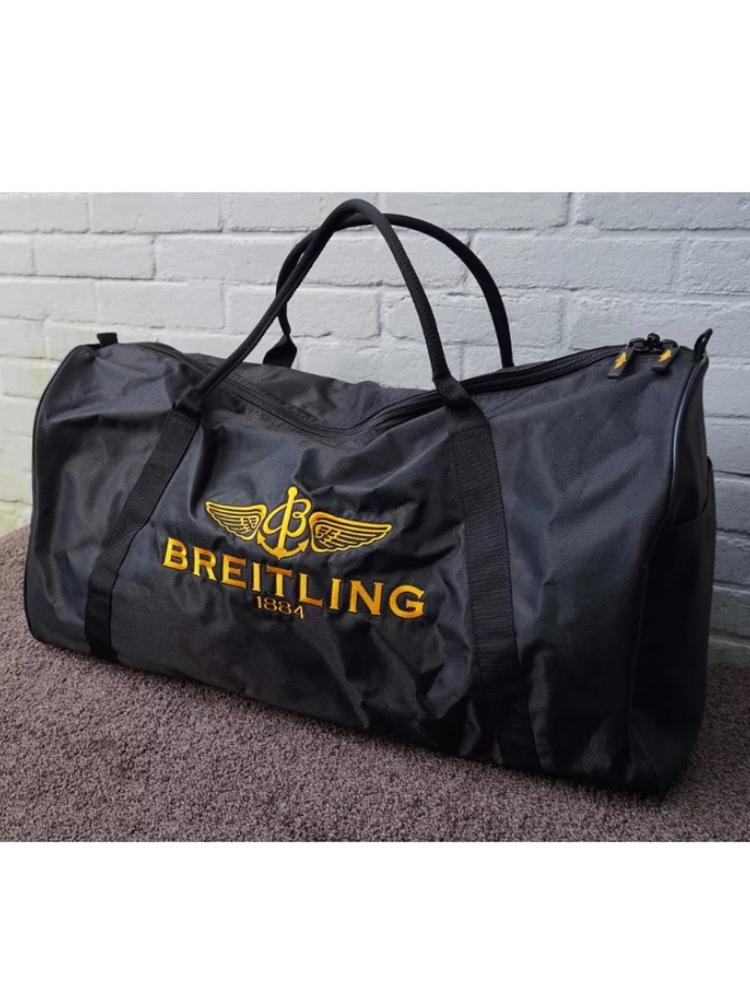 Breitling väska.