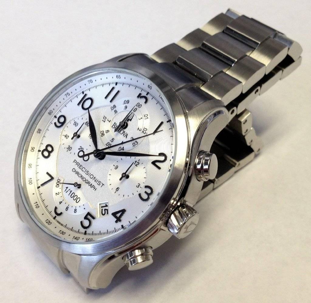 Bulova-Precisionist-Wilton-96B183-chrono-02L.jpg