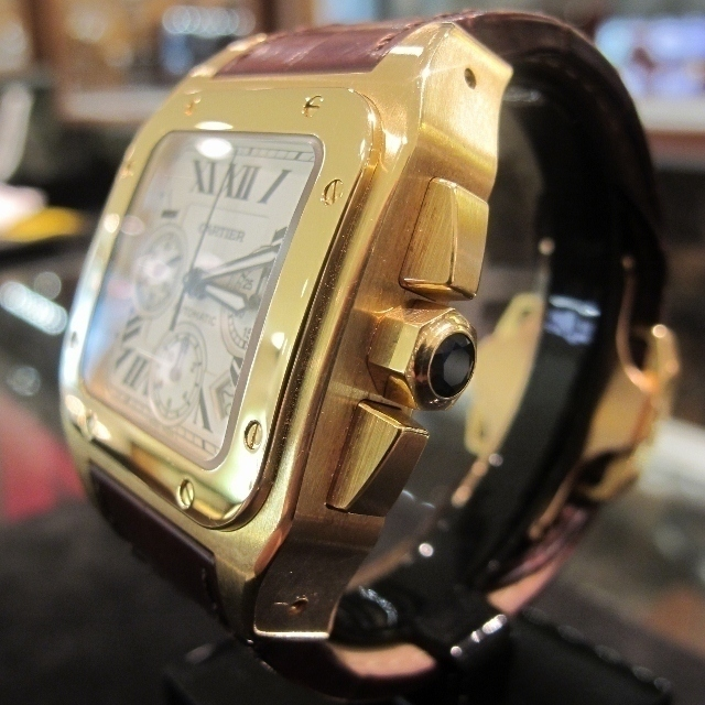Cartier_Santos_18k_Chrono_003_640x640.jpeg