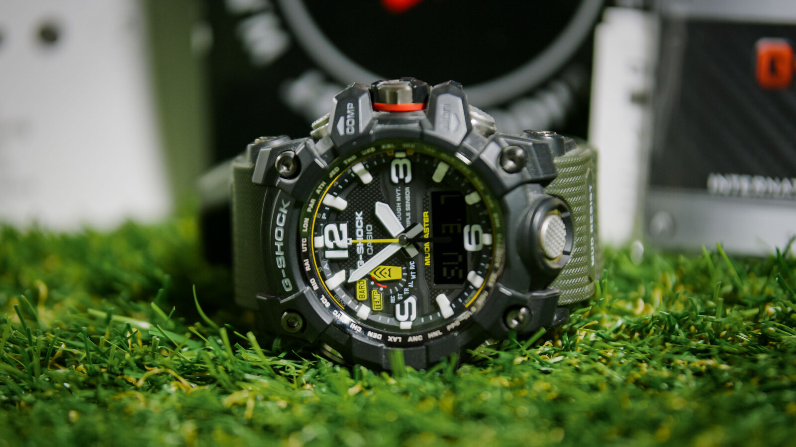 Casio_G-Shock_GWG_1000_2.