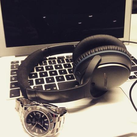 DJ11_travel.jpg