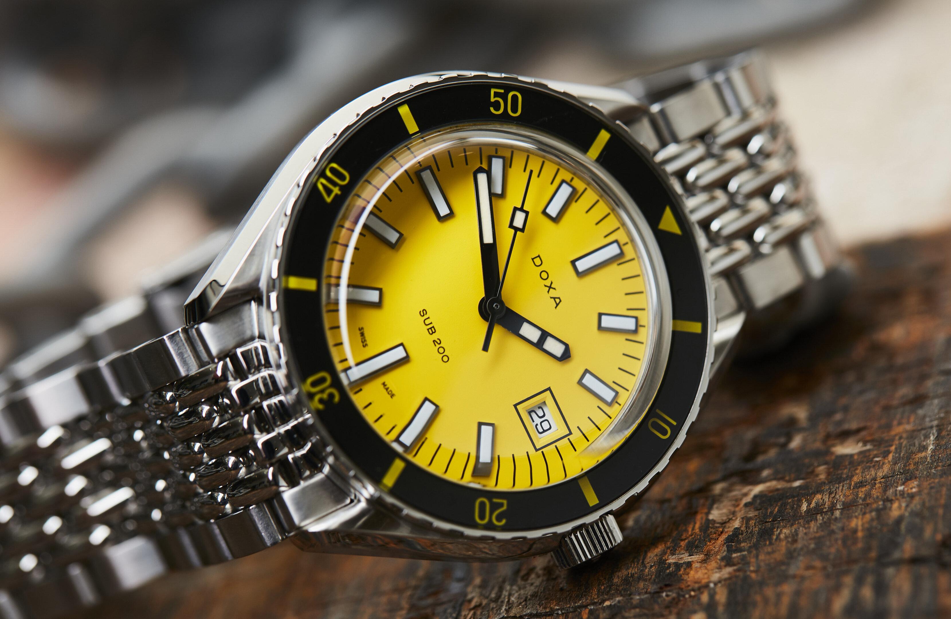 Doxa-Sub-200-yellow-c2732.