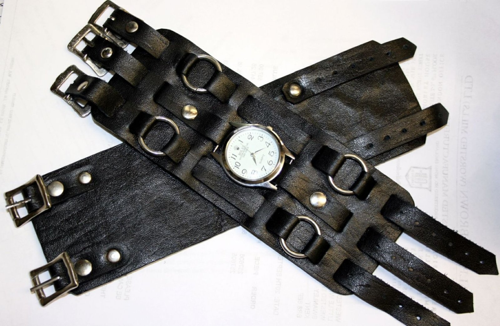 elvis-leather-wrist-strap-with-watch-786-p.jpg