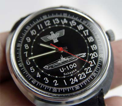 german_navy_watch_u-100_red-1.jpg