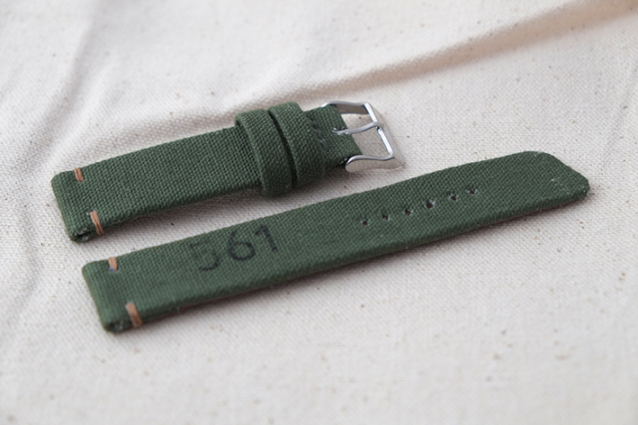green_canvas_strap_4.jpg