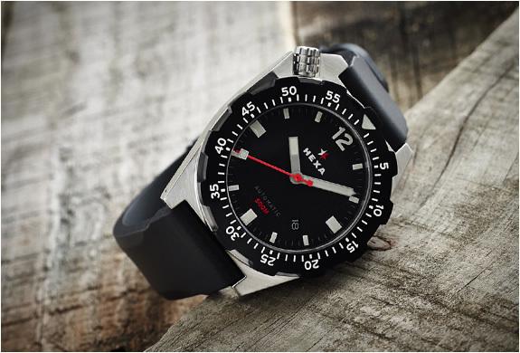 hexa-k500-watch-4.jpg