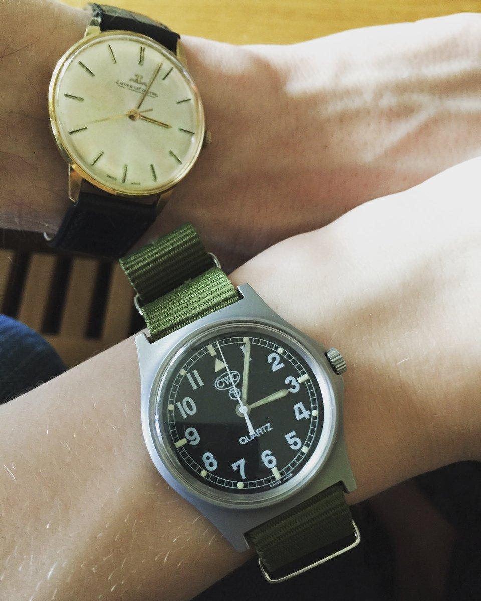 tonåringar älskar stor klocka