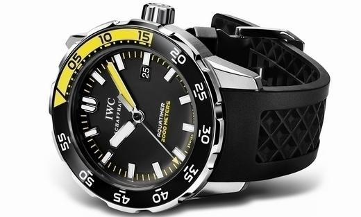 iwc-aquatimer-automatic-2000-m-divers-4.jpg