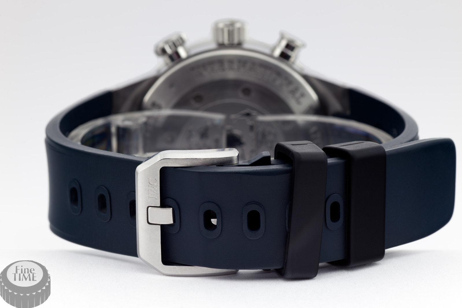 iwc-aquatimer-chronograph-cousteau-divers-iw378101-03.jpg