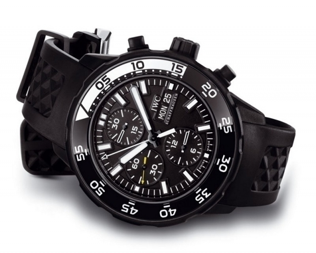 iwc-aquatimer-chronograph-edition-galapagos-islands-watch-2.jpg