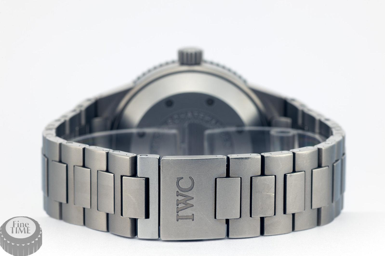 iwc-aquatimer-gst-iw3536-001-titanium-03.jpg