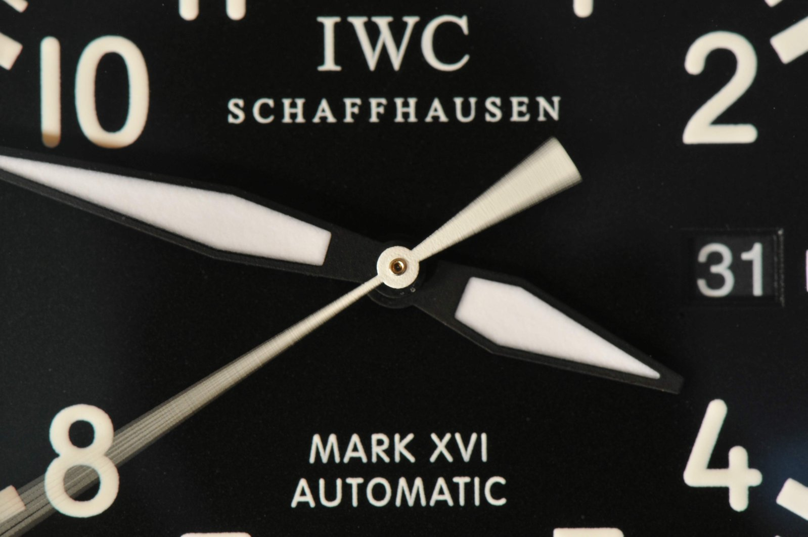 IWC M Macro 2-4.jpg