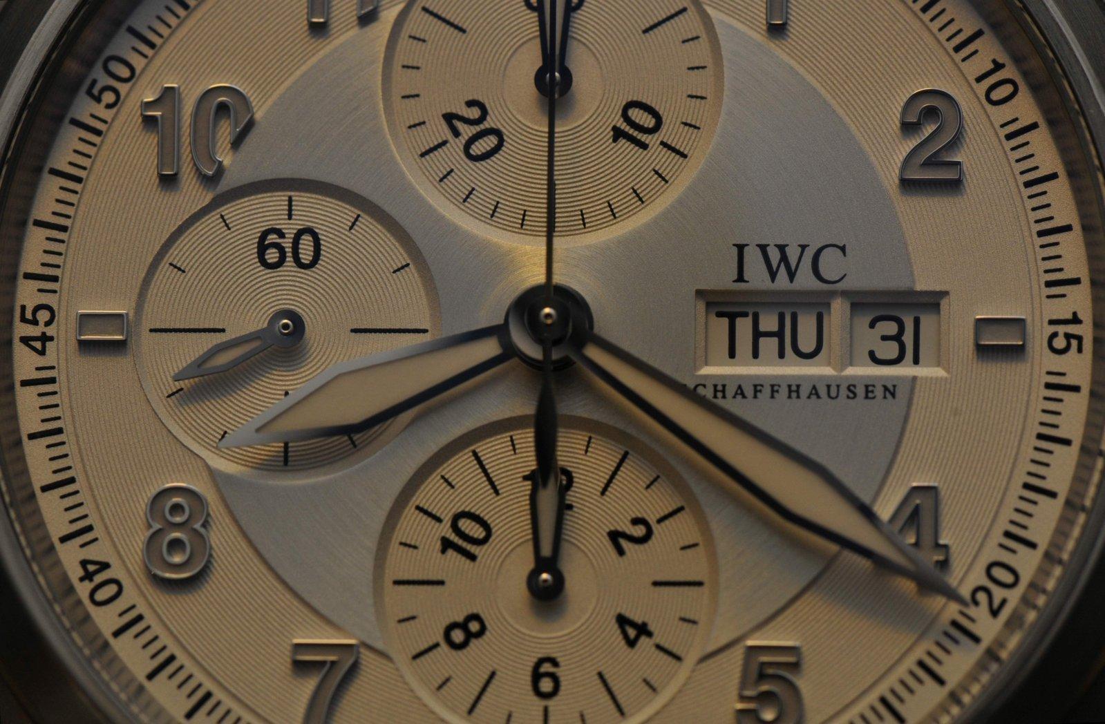 IWC S Macro 2.jpg