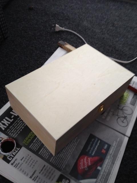 låda 1.jpg