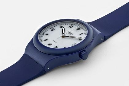 LE-Swatch2-3Q.