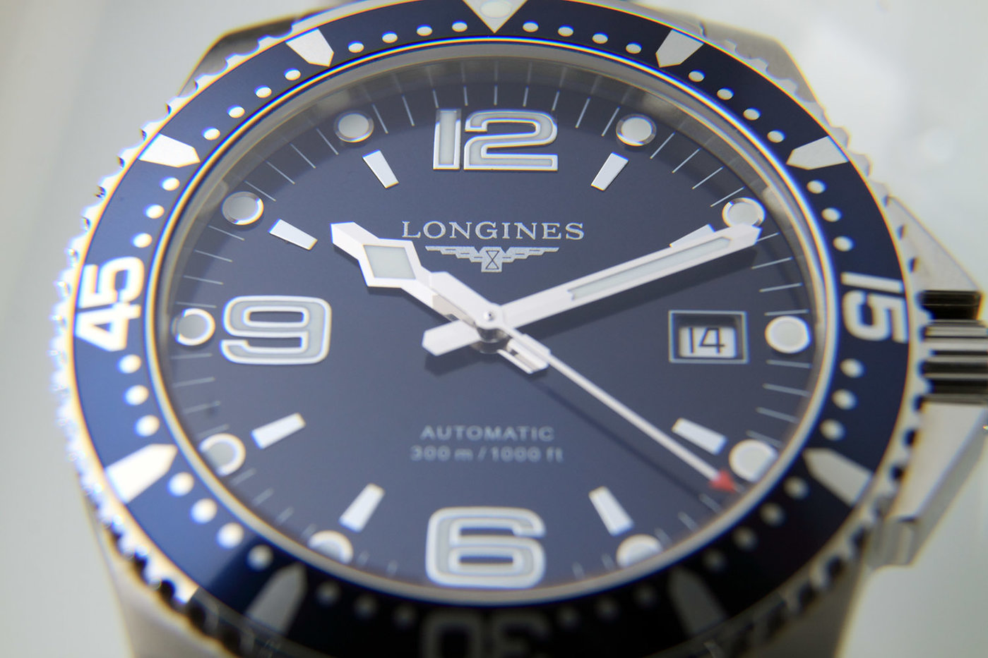 Longines_HydroConquest_Automatic_Blue.jpg