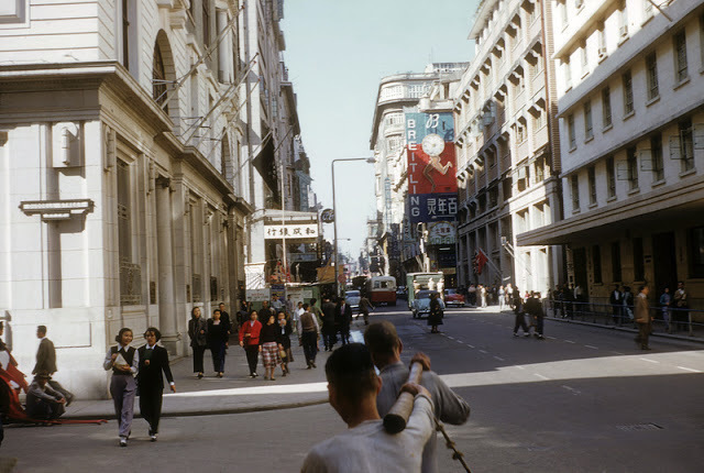 Old Hong Kong in Color Photos from 1953-1985 (15).jpg
