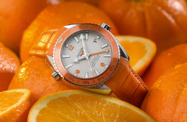 Omega-Seamaster-Planet-Ocean-Orange-Ceramic-on-Oranges-620x407.jpg