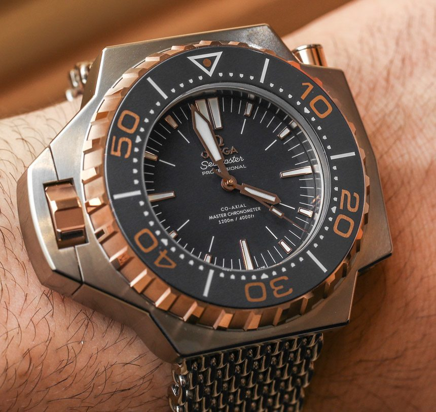 Omega-Seamaster-Ploprof-1200M-2015-ablogtowatch-hands-on-41.