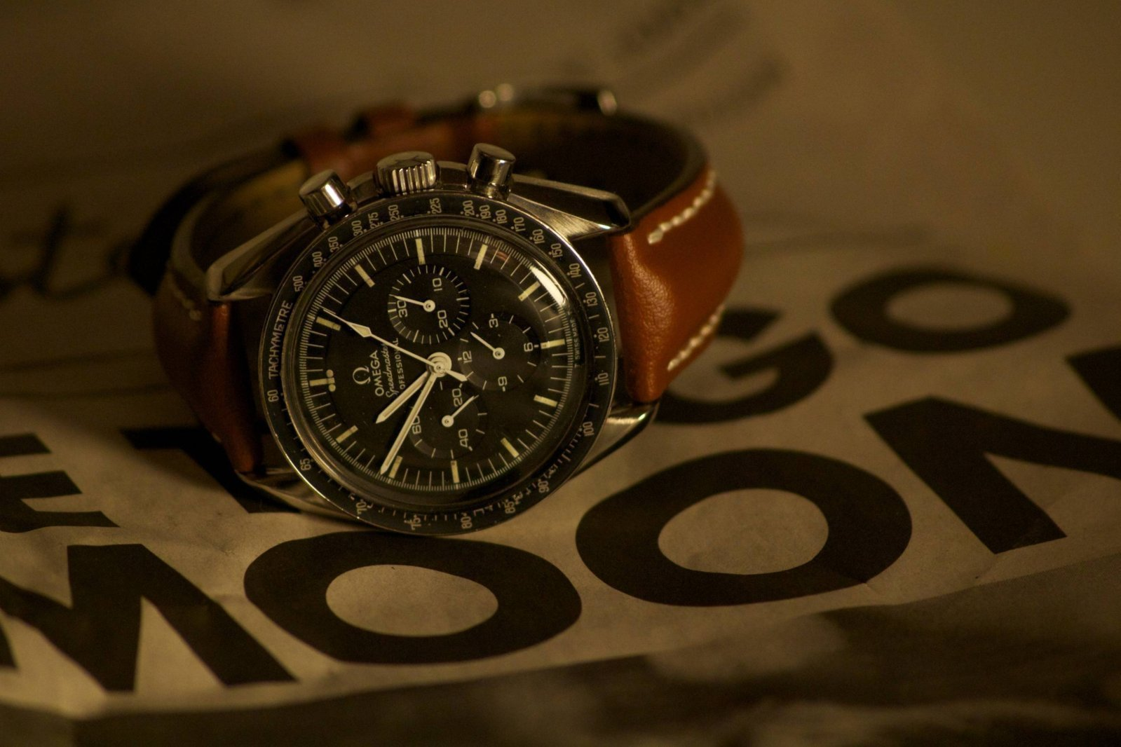 Omega Speedmaster 1.jpg