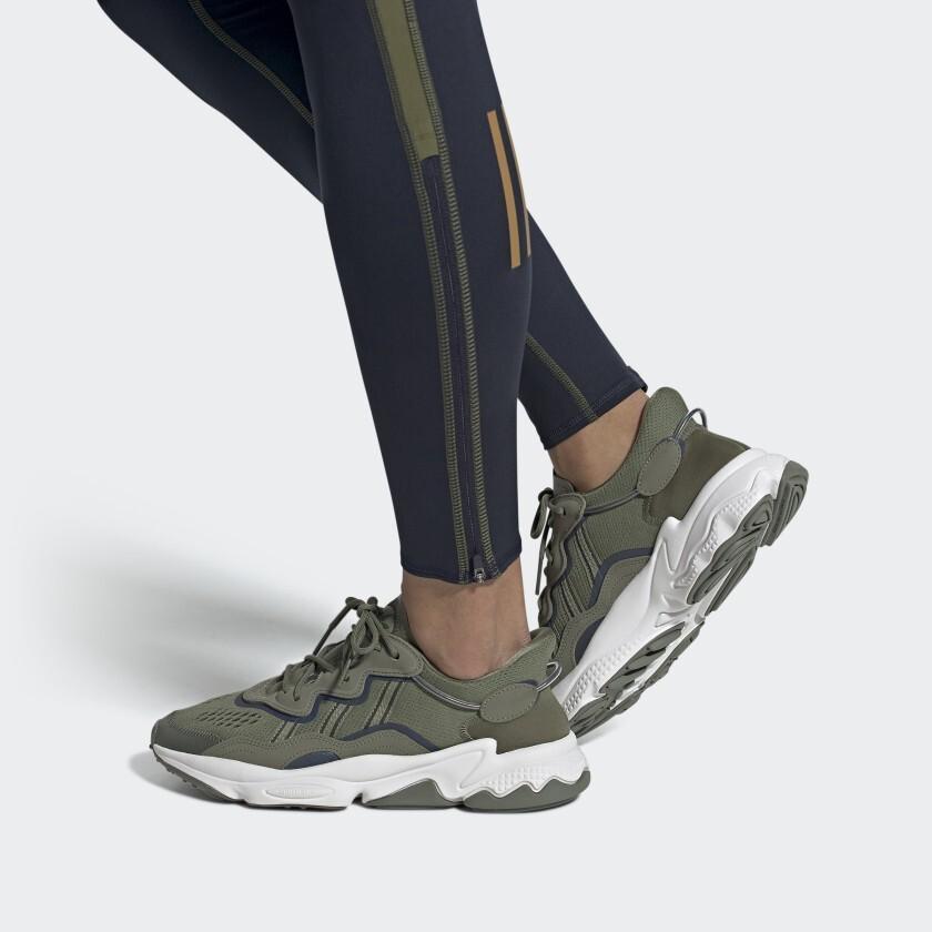 OZWEEGO_Shoes_Gron_EF4286_EF4286_010_hover_standard.