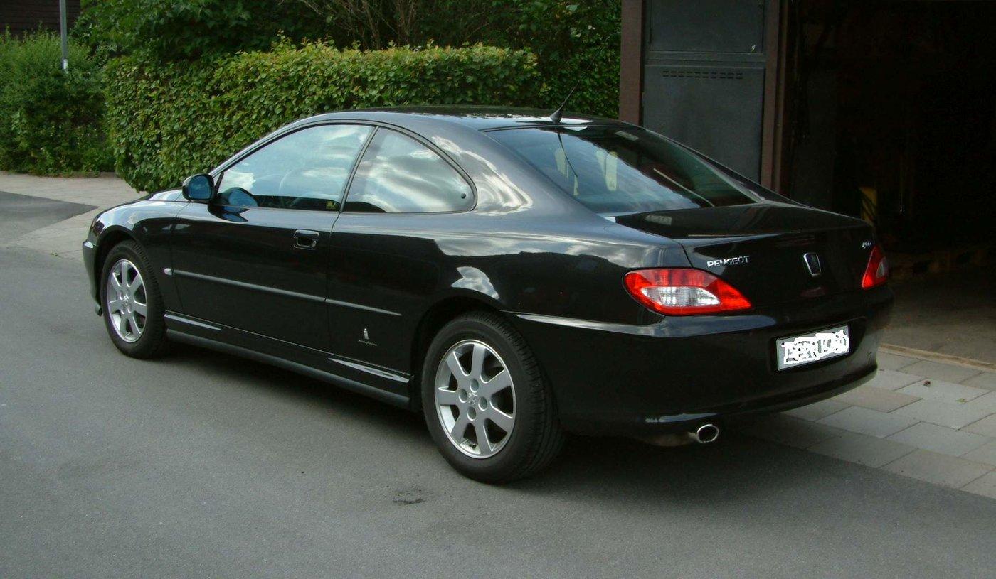 Peugeot 406 Coupé (svart).jpg
