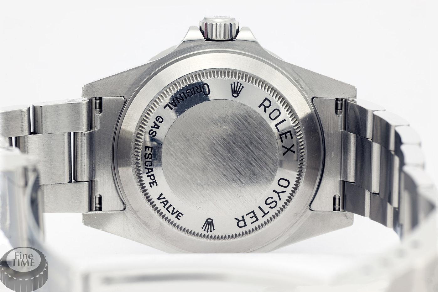 rolex-seadweller-16600-m-02.jpg