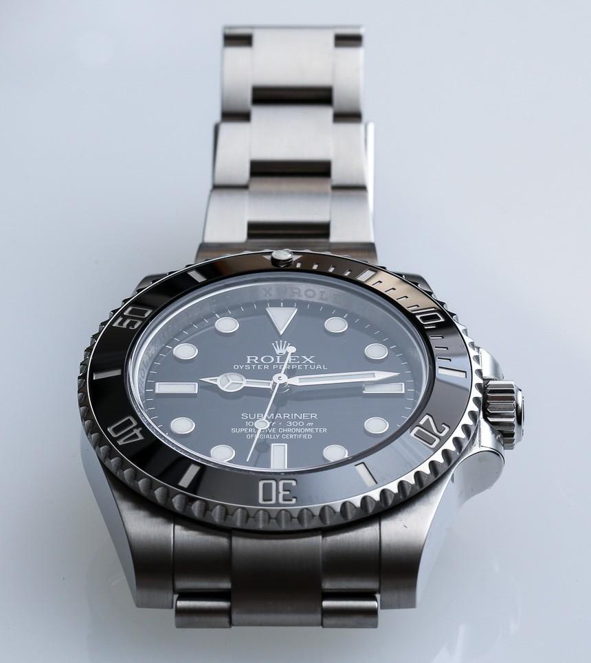 Rolex-Submariner-114060-14.jpg