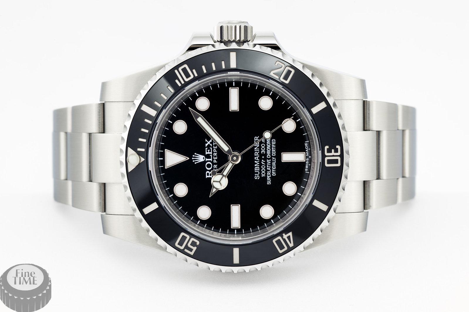 rolex-submariner-114060-ln-01.jpg