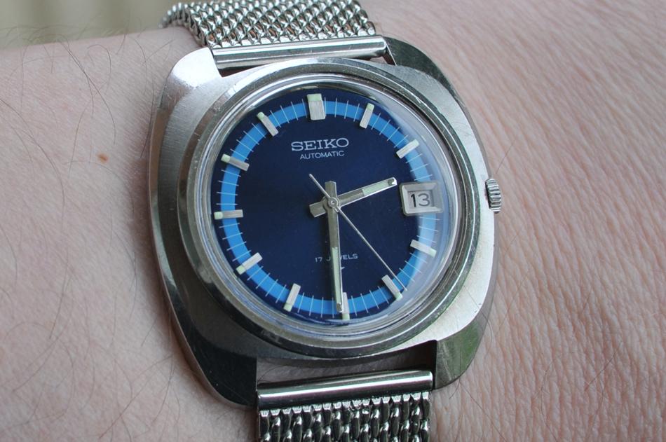 Seiko7005.