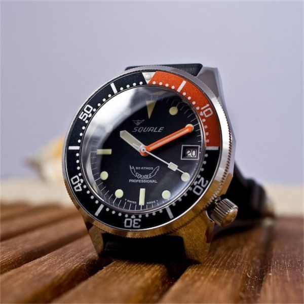 squale-1521-026-b-domed.jpg