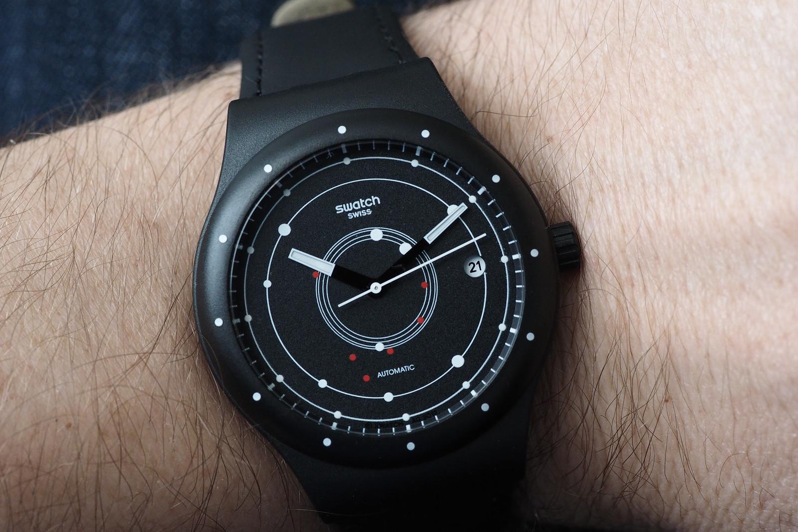 Swatch-Sistem-51-black-wristshot-3.jpg