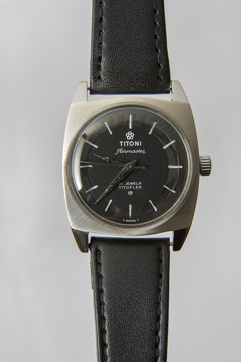 Titoni2.jpg