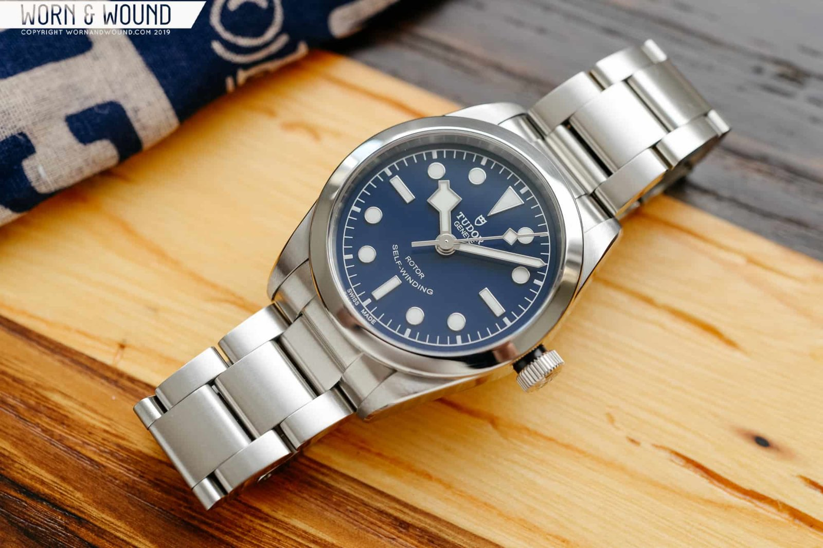 Tudor-Black-Bay-36-Blue-14.