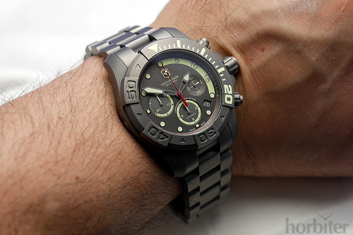 Victorinox-Dive-Master-500-Limited-Edition-5.jpg