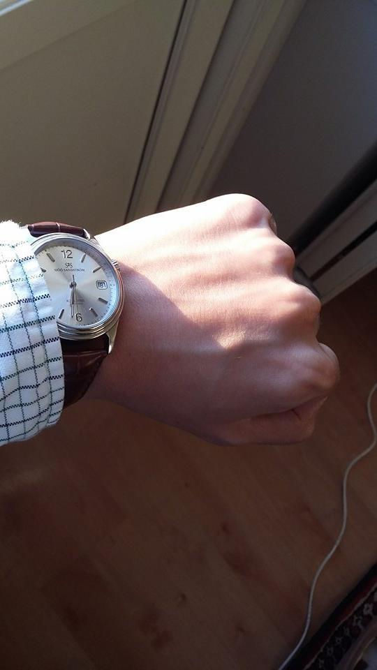 wrist1.jpg