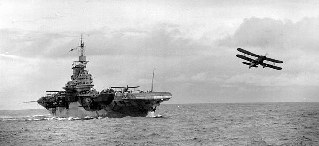 wwi-weapons-fairey-swordfish-torpedo-plane-stringbag-03.jpg