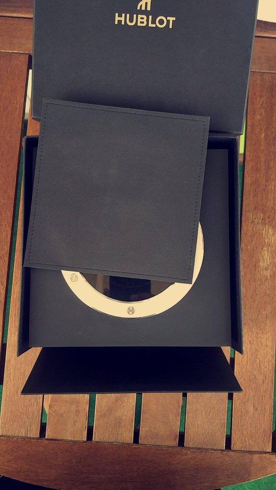 Ytter:innerbox.jpg